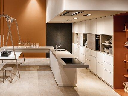 KH Küche: Verbundglas matt Weiss / Westbourne Oak Cleaf vertikal